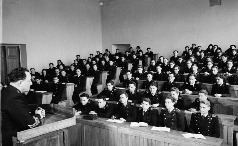 Днепропетровск, студенты горного института