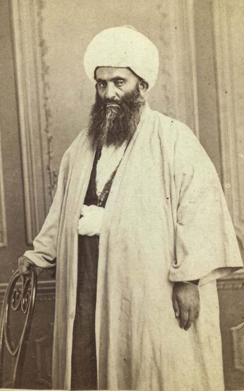 Мулла (мусульманский священник) на свадьбе