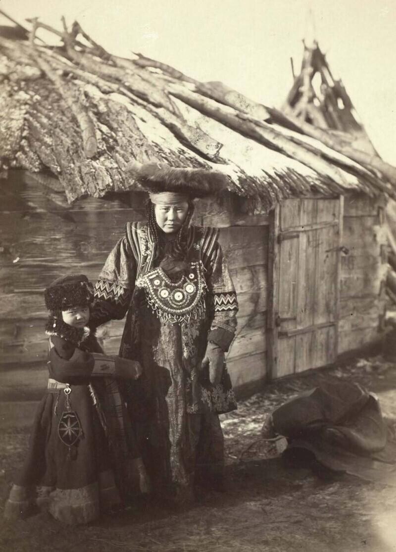Татары в маленькой деревне под Минусинском, Красноярский край