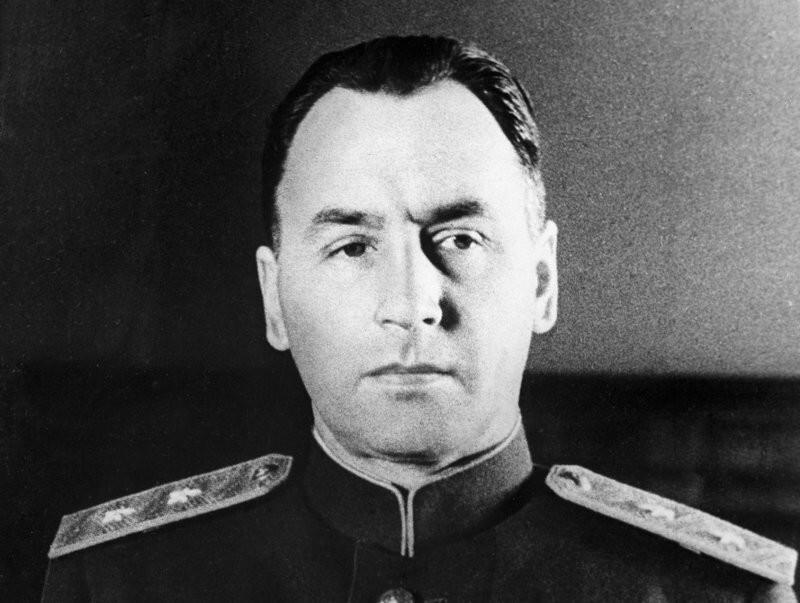 Единственный генерал, получивший высший военный орден СССР. Кто он?